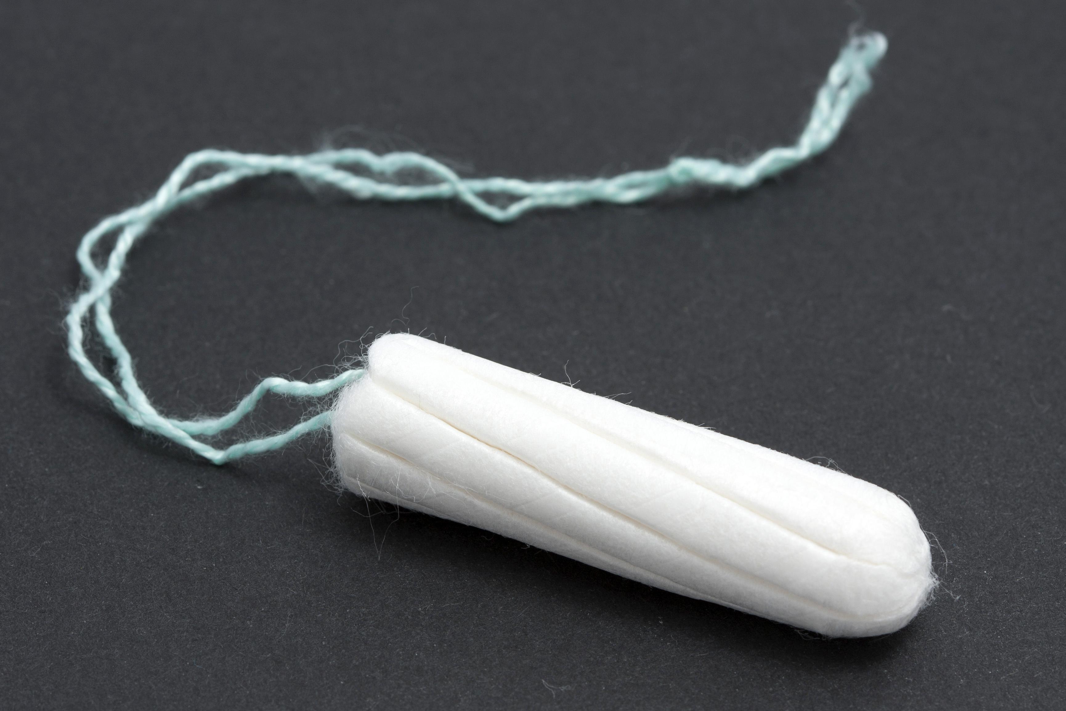 Avoir des relations sexuelles avec un tampon